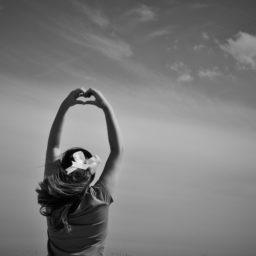 Cómo manifestar relaciones extraordinarias: amor incondicional